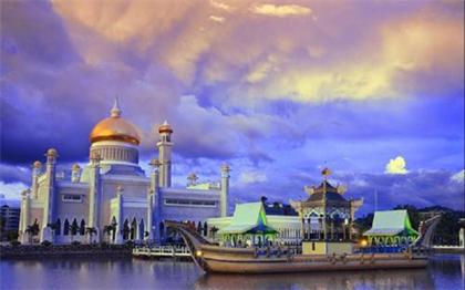 600年前,一位华人在海外建立小国,如今国富力强,只认中国